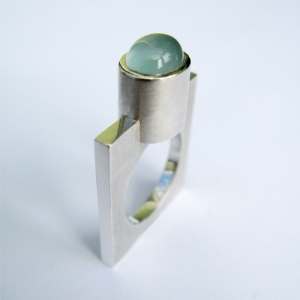 Ring by goldsmith Eva Dorney  evadorney.com
