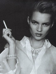 young-kate-moss-smoking