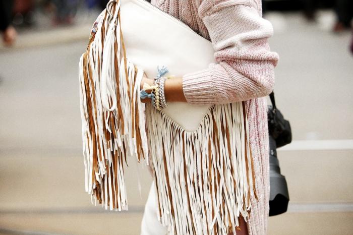 Bag Fringe Street Style