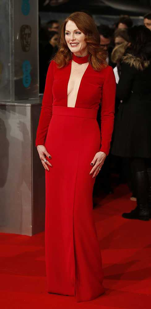 julianne-moore,-baftas-2015-red-carpet,-elle-uk,-getty__large