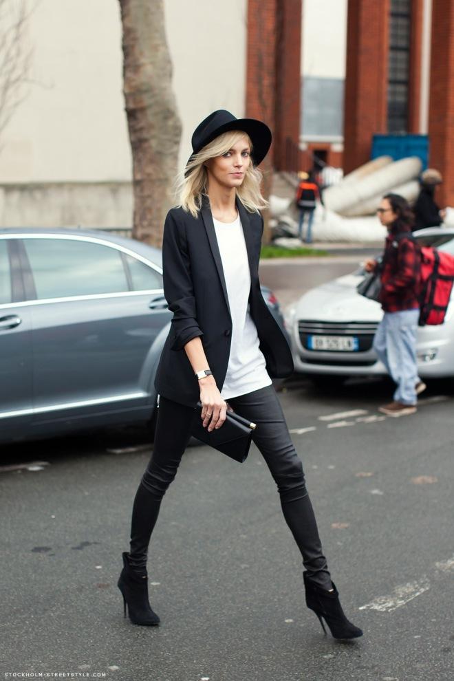 black blazer street style