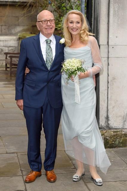 Jerry-Hall-Rupert-Murdoch-Wedding-2-Vogue-7March16-Getty_b_426x639