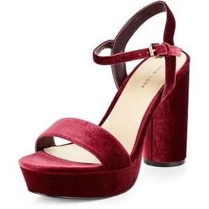 velvet-heels